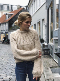 Yarn kit for Sunday Sweater by Petite knit in Önling No 1 and Silk Mohair  image