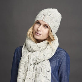 Daggry white knitted hat with beautiful lace pattern, made in Isager Alpaca and Highland wool