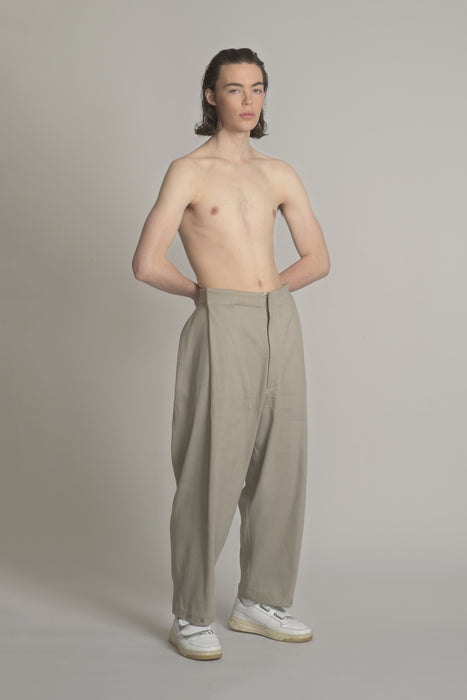 THE PROVIDER SNAP PANT IN GREY