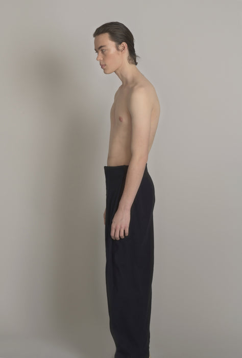 THE PROVIDER SNAP PANT IN MIDNIGHT NAVY