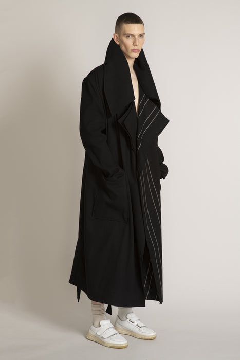 THE MIRACLE TRENCH COAT BLACK
