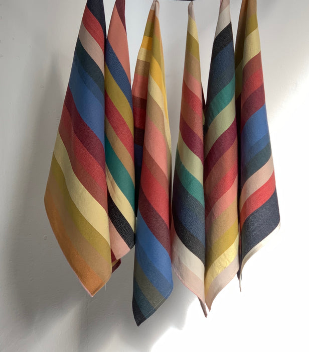 COLLECTION 06 MULTI-COLOR STRIPE NAPKIN BUNDLE