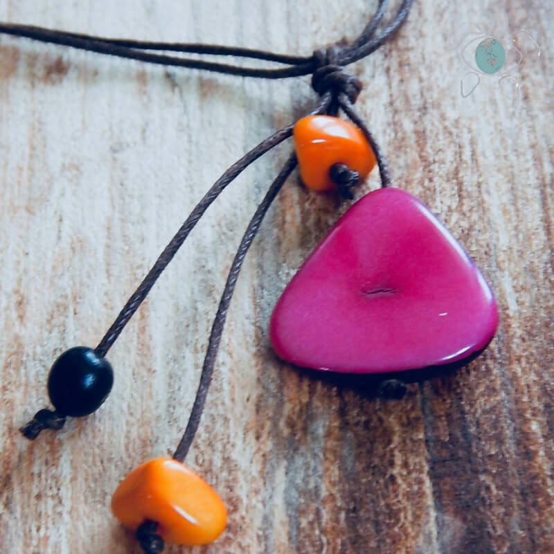 Collier naturle Graines de Tagua rose et tagua orange