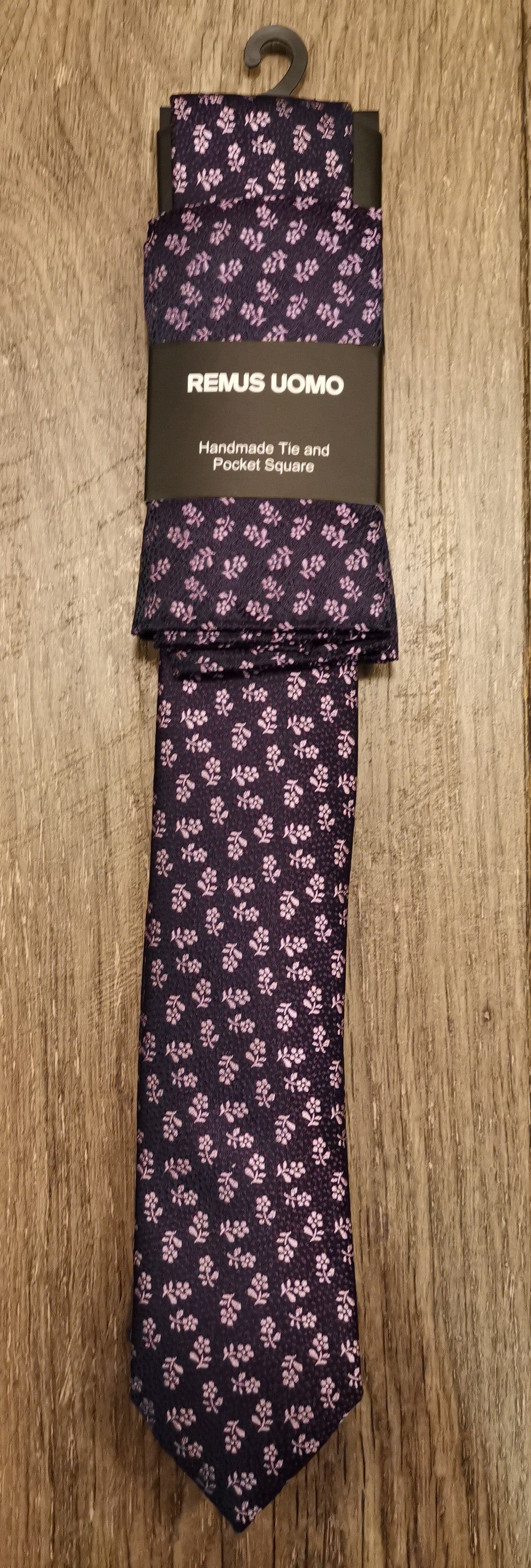 Remus Uomo Tie and Hank Sets