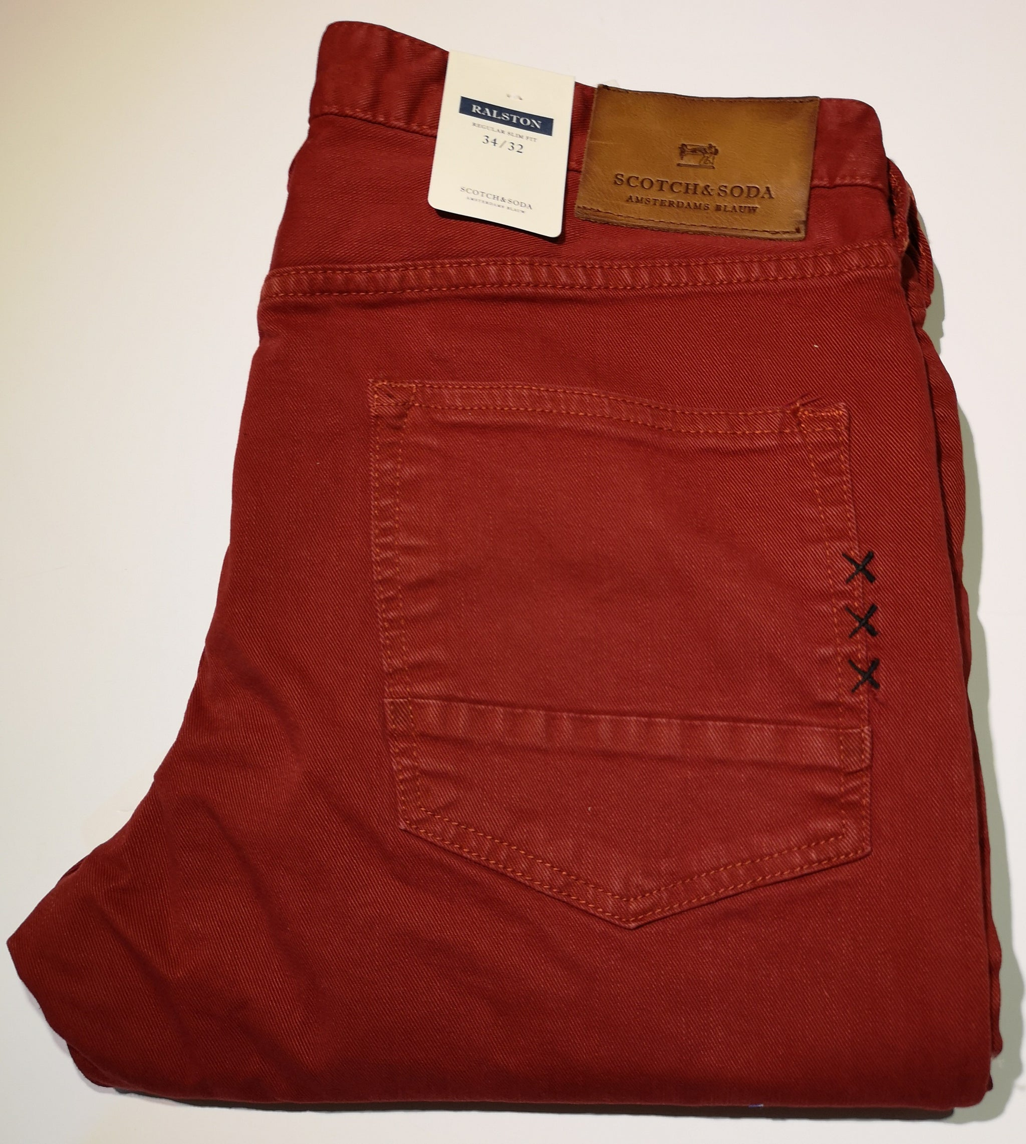 Scotch and Soda Ralston - Garment-Dyed Jeans