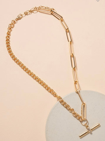 Gold Toggle Chain Linked Necklace