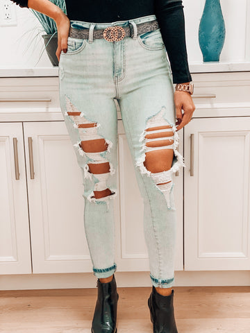 Lexi Distressed Light Wash Jeans