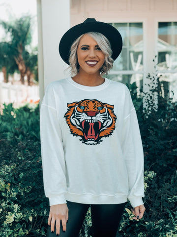 Fierce Tiger Oversized Sweatshirt