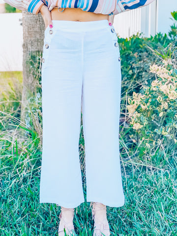 Solid Linen Pants w/ Button Detail