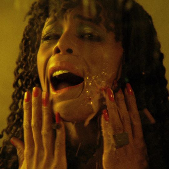 PHOTO Geretta Geretta Exploding Cheek! from DEMONS