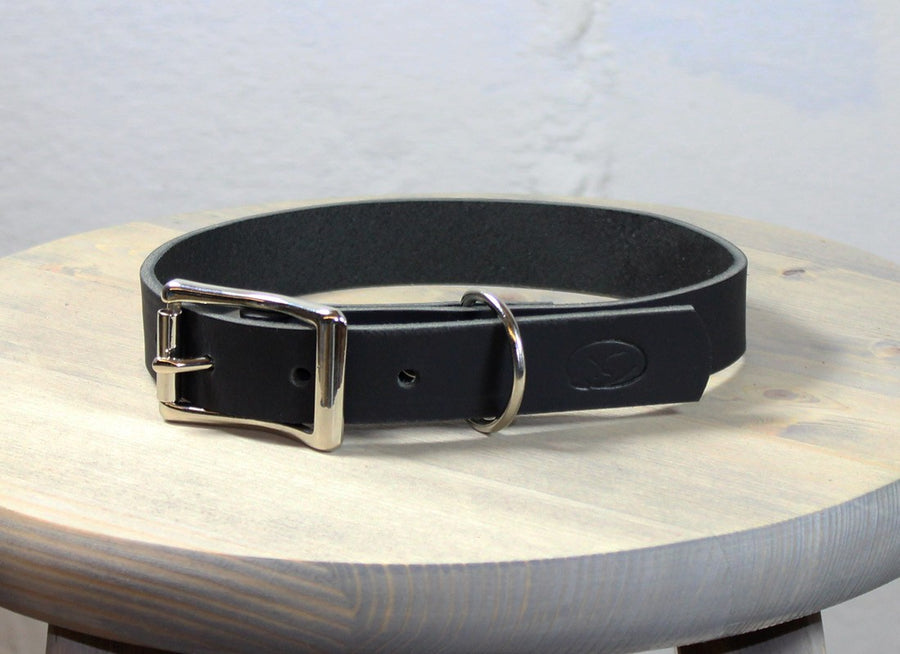 Black Leather Collar