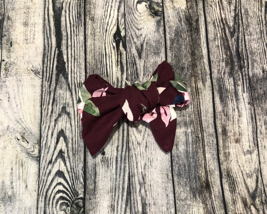 Scarlett Pin Pet Hair Bow