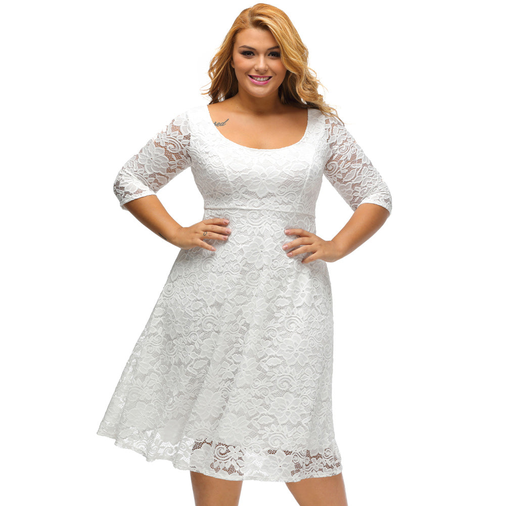 White dress plussize at the waist, straight sleeves, fluid cut skirt ...