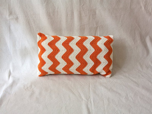 Pillow Geométrica Zig Zag Orange