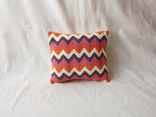 Pillow Geométrica Zig Zag Q Multicolored
