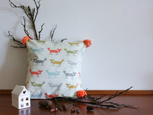 Load image into Gallery viewer, Pillowcase Woodland Friends - Foxes Orange