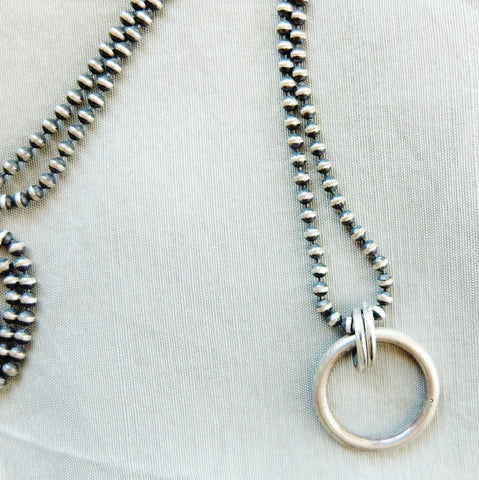 *SIZZLE* Sterling Silver O-Ring Collar/Necklace
