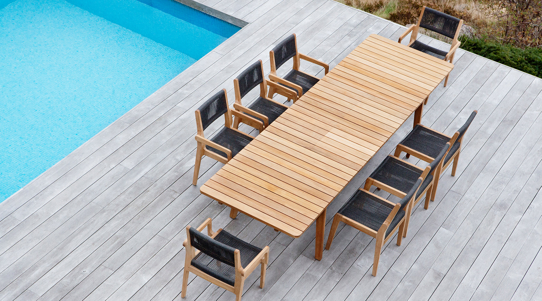 oasiq outdoor skagen extended table chairs