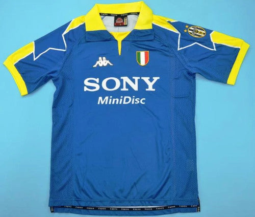 check out 35e03 0c3eb Juventus Turin retro away soccer jersey 1997-1998