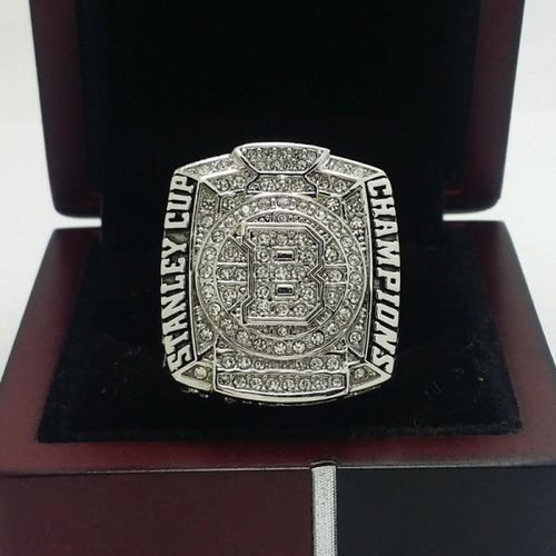 SPECIAL EDITION Boston Bruins Stanley Cup Ring (2011) - Premium Series