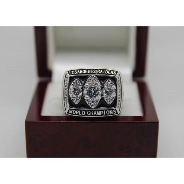 SPECIAL EDITION Oakland Raiders Super Bowl Ring (1983) - Premium Series