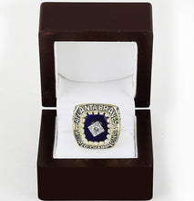 Load image into Gallery viewer, Atlanta Braves World Series Ring (1995) - MLB - Championship Flagz For Fans