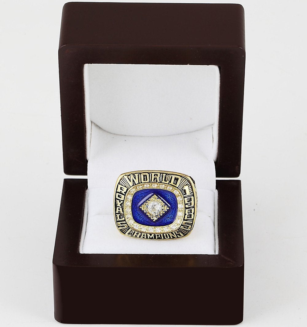 Kansas City Royals World Series Ring (1985) - MLB - Championship Flagz For Fans