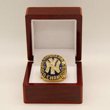 Load image into Gallery viewer, New York Yankees World Series Ring (1977)