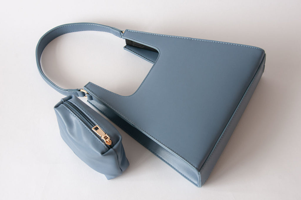 Jiyo Blue Bag