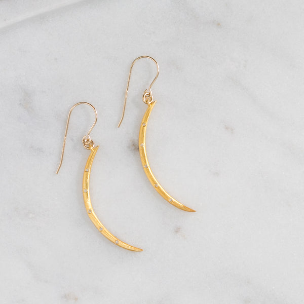 Remy Diamond Crescent Earrings (gold)