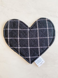 Crinkle Heart - Black Checks