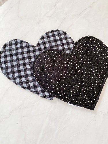 Crinkle Heart - Black and Grey Gingham