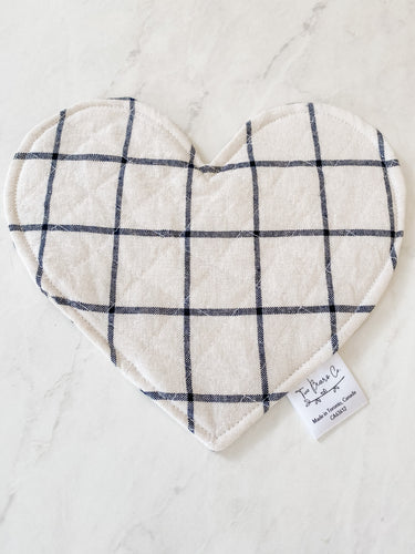 Crinkle Heart - White/Black Plaid