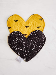Crinkle Heart - Yellow & Black and White (Double-Sided)