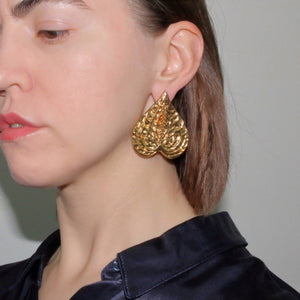 Metallic Gold Silver Platinum Unique Trendy Statement Contemporary Wearable art Floral Tropical Big Brass Anthurium Earrings