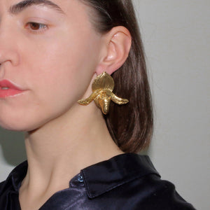 Metallic Gold Silver Platinum Unique Trendy Statement Contemporary Wearable art Floral Tropical Big Brass Paphiopedilum Orchid Venus Lady Slipper Earrings