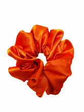 Load image into Gallery viewer, Ultra Scrunchie - Fit Couture Collection