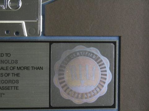 Riaa Award Guide: Why Real Gold And Platinum Awards Are Popular With Collectors
