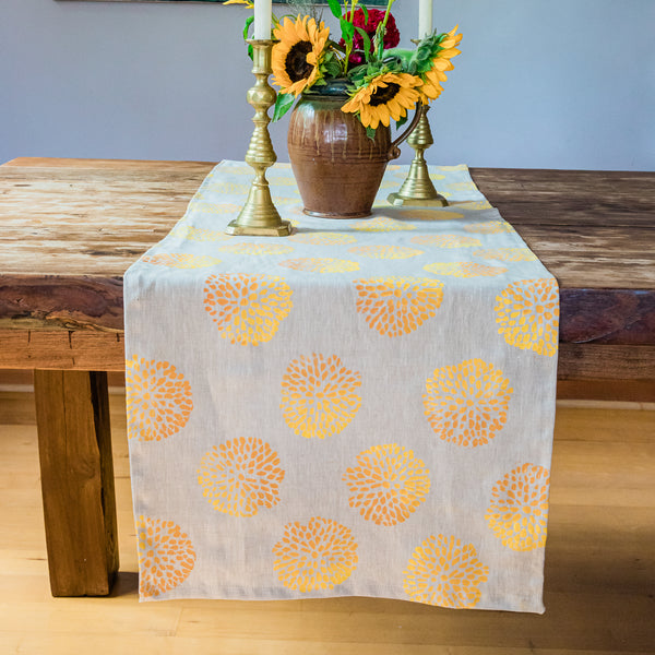 *Linen Table Runner in Pom Pom