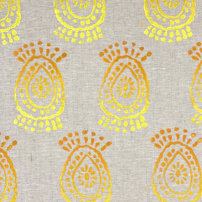 Linen Table Runner in Pineapple Flower Ombré