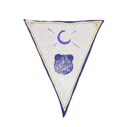 Tulusa Talisman in Bear + Moon