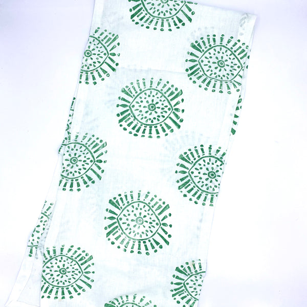 Linen Table Runner in Evergreen Nova