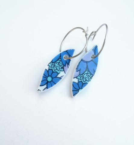 Recycled China Earring - Leaf Shape Blue Floral