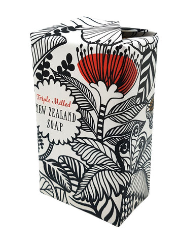 Black & White NZ Flowers Triple Milled Soap