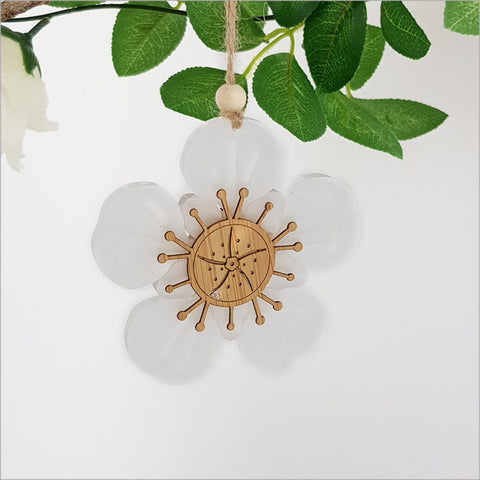 Hanging Ornaments Manuka - Bamboo+White Satin Acrylic