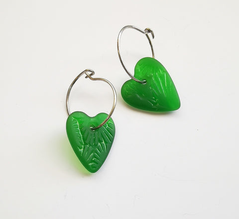 Glass Earrings – Heart (Green)