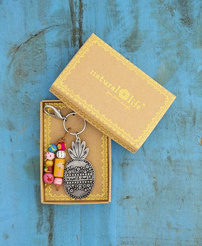 Santa Fe Keychain Pineapple Stand Tall