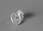 Sterling Silver Ring Crystal Manuka Flower