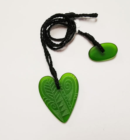 Glass Pendant – Engraved Heart Small