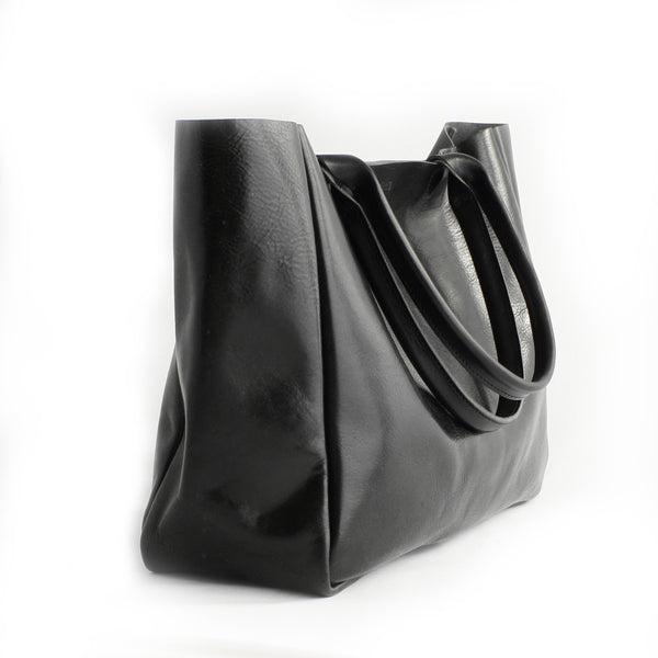heirloom-tote-in-black-4
